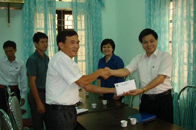 Ký hợp đồng đo đạc địa chính xã Thành Lâm – Bá Thước – Thanh Hóa